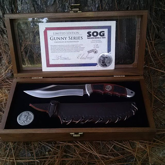 SOG Gunny Fixed Blade Presentation wooden box. Comes with brown leather sheath and a commemorative coin. Certificate of Authenticity and serialized numbers. GFX01-L.  #thegunny #fixedblade #leathersheath #commemorativeknife #rleeemery