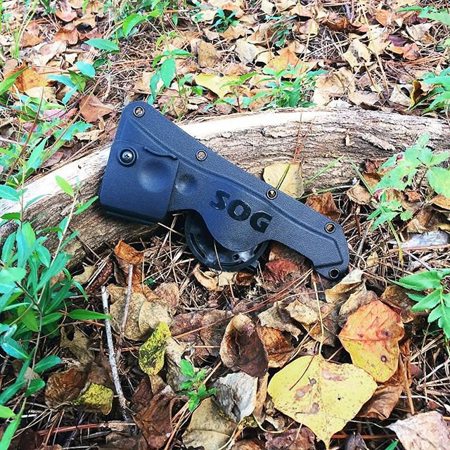 Tomahawk hard nylon sheath. Custom fit for a SOG tomahawk with a pivoting clip for convenient carry. #sog #sogknives #tomahawk #sheath