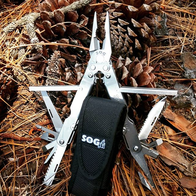 SOG S63-N EOD Powerlock multi-tool with V-cutter and nylon sheath. Needle nose pliers, wire cutters, screwdrivers, bottle openers, saw blade and even more goodies in this tool.  #SOG #sogmultitool #sogpowerlock #S63