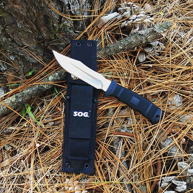 SOG Seal Pup Elite E37-N fixed blade knife.  Has a 4.85 inch satin blade made of AUS8 steel and comes with black nylon sheath.  #sealpupelite #sogknives #fixedblades #E37-N